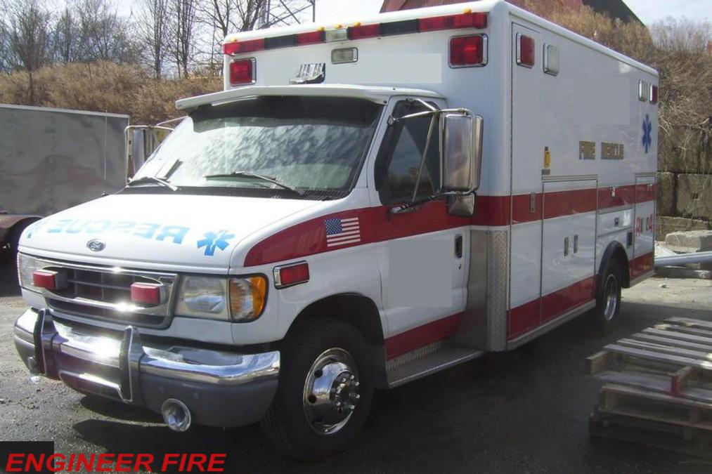 1999 Ford Horton Tipo III A ambulancetrader com ambulance sales used ambulances ems  at creativeand.co